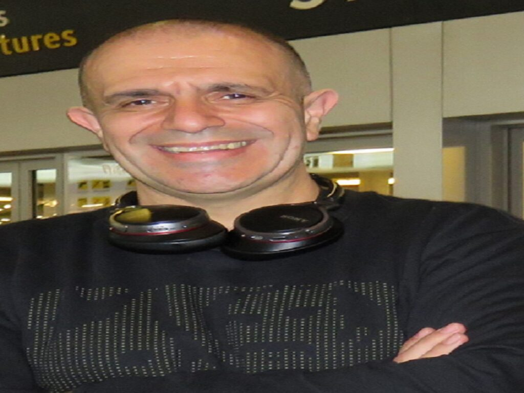 Dr. Alfredo Uribe Ardila